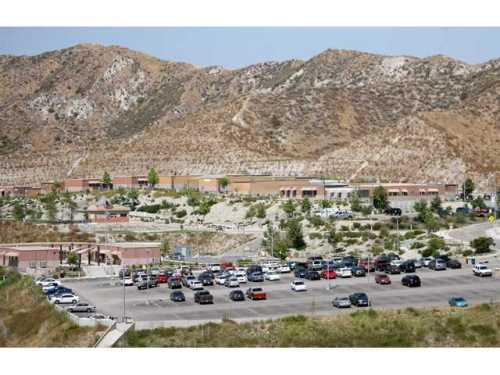 coc_canyon_country_campus
