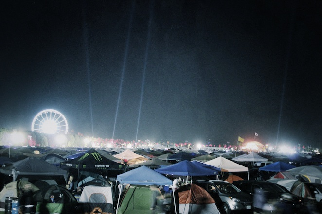 Coachella-campgrounds-at-night